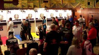 Peste 300 de concurenti din 40 de tari au venit la turneul la darts de la Bucuresti! Turneul e la ProX, ora 20:00
