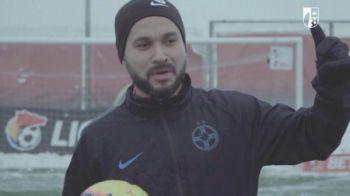 """Ma numeste Junior Morais si sunt fundas, mijlocas, portar!"" :)) GENIAL! Toata echipa a izbucnit in ras. Faza nevazuta din vestiar"