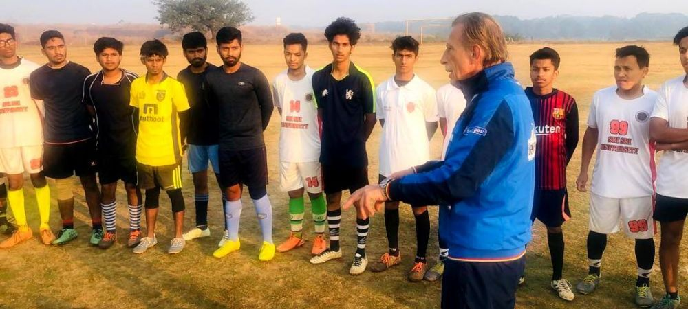 FOTO: Daum, in India, in treningul nationalei Romaniei! Ce a ajuns sa faca fostul selectioner
