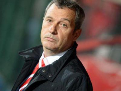 Cati bani a bagat Rednic la Dinamo in pauza de iarna, pentru a putea aduce jucatori! Dezvaluiri despre un nou imprumut al antrenorului catre club