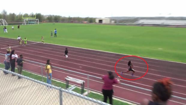 Urmasul lui Bolt EXISTA! FABULOS! Viteza ametitoare pentru un pusti de 7 ani si un record mondial. VIDEO