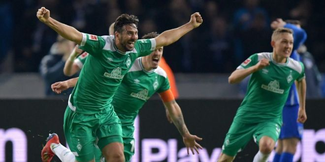 Moment FABULOS in Bundesliga! Si-a salvat echipa cu un gol in minutul 90+5 si a devenit cel mai batran marcator din istorie! VIDEO