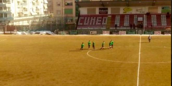 S-au dus cu numai 7 jucatori la meci. A intrat si antrenorul in teren. Scor HALUCINANT in Italia. Partida ISTORICA