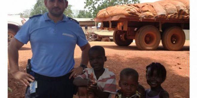 Experienta crunta a unui politist roman in inima Africii:  Omorau si violau la intamplare