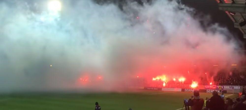 Nebunie totala in tribune! Meci incheiat din cauza fanilor! Ce s-a intamplat | VIDEO