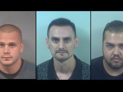 Cei mai prosti traficanti de droguri! Cum au fost prinsi acesti barbati cu cocaina in masina