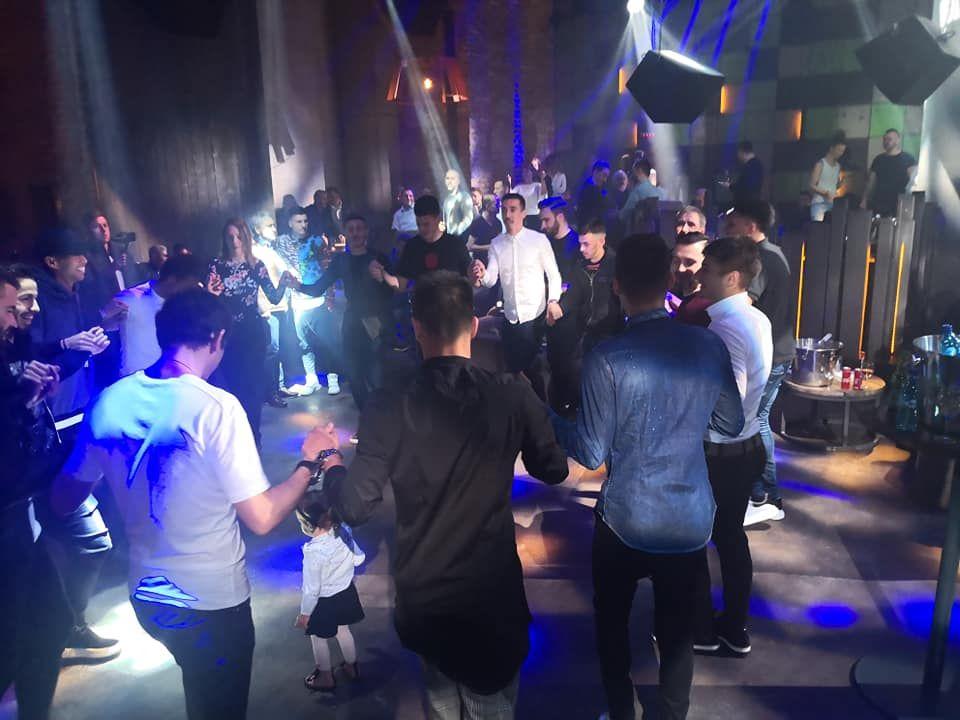 VIITORUL - BOTOSANI | Hagi si-a dus jucatorii in CLUB dupa calificarea in playoff! Galerie FOTO
