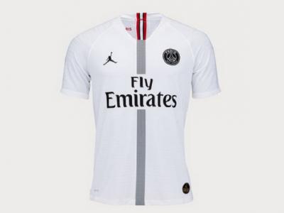 """PSG, vanzari record de tricouri: colectia """"PSG Jordan"""" vinde peste 1 milion de tricouri sezonul asta"""
