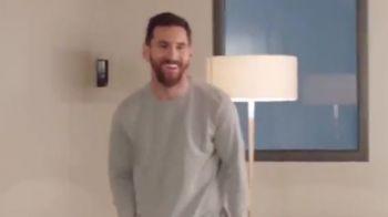 Messi a lovit din nou! Ultimul TRUC al starului argentinian la masa de ping-pong! Ce reuseste sa faca
