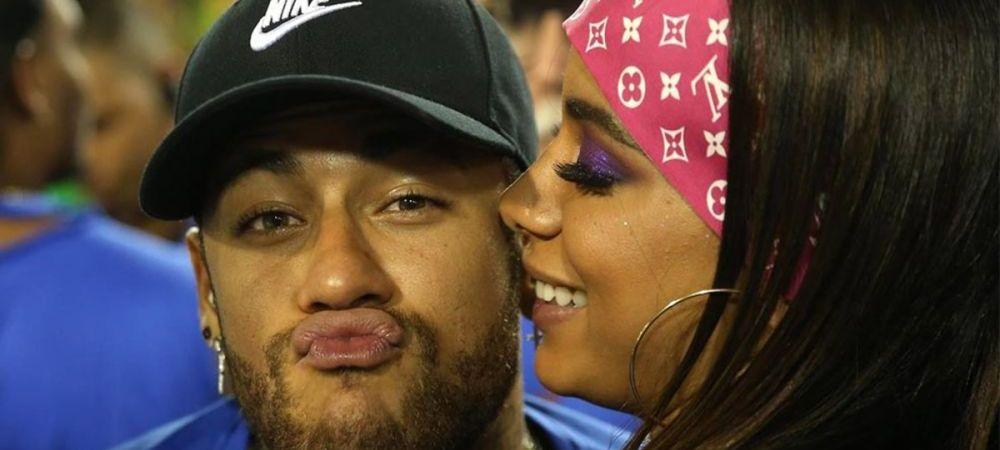 """Cate iubite are Neymar? CATE VREA EL! Brazilianul a dansat cu o cantareata, apoi a """"combinat"""" o blonda. Petrecere ca in filme la Carnavalul de la Rio. FOTO"""