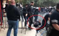 Atentie, imagini socante! Momentul in care galeria lui Dinamo este evacuata din sala de la Focsani! VIDEO