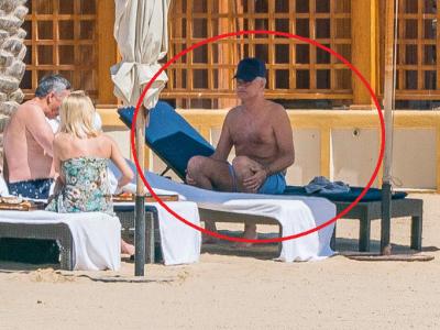 Mourinho, ca un batranel la Eforie! :) A mers la plaja cu amanta lui, iar paparazzi au surprins un detaliu amuzant
