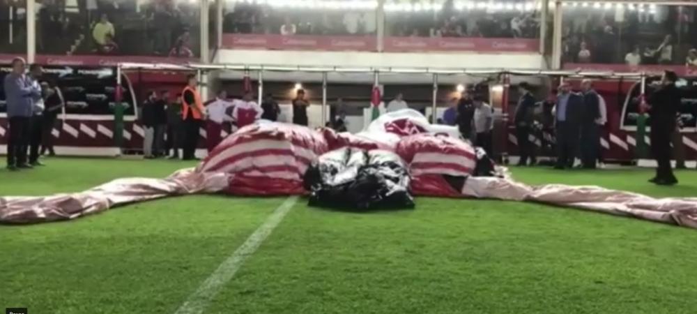 Aparitie IREALA inaintea unui meci! Ce star URIAS din fotbal a devenit macheta unui tunel URIAS de acces in teren