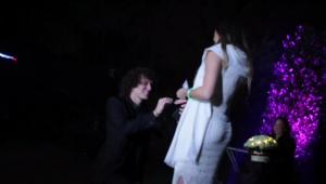 Moment superb pentru David Luiz! Si-a cerut in casatorie iubita cu o petrecere ca de Revelion: artificii si numaratoare inversa! Cum a reactionat iubita lui