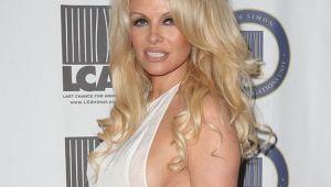 Pamela Anderson s-a impacat cu iubitul fotbalist. Ce spune despre viata lor intima