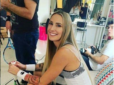 HALEP MIAMI | Simona Halep infrunta cea mai TATUATA sportiva din circuit! Cine e Polona Hercog, adversara din turul 3 | GALERIE FOTO