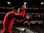 VIDEO | Cristiano Ronaldo a oferit momentul zilei! Reactia starului portughez dupa ce un fan l-a rugat sa-i dea autograf pe tricoul Realului