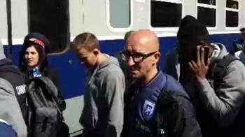 Jucatorii Craiovei au plecat cu trenul spre Bucuresti pentru SUPER DERBY-ul cu FCSB! Vagon special pentru olteni