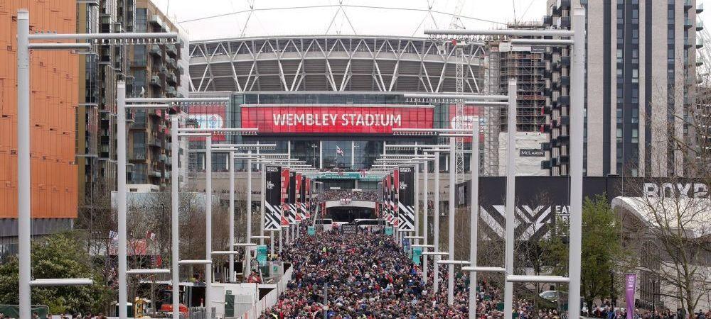 INCREDIBIL! 85 000 de oameni pe Wembley la un meci care nu intereseaza pe NIMENI! S-au intalnit doua echipe de liga a 3-a pentru o Cupa care trimite nicaieri
