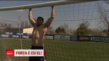 Spiderman joaca fotbal in Romania! E porecla celui mai puternic portar roman: e culturist si multe fete vin la meciuri pentru el