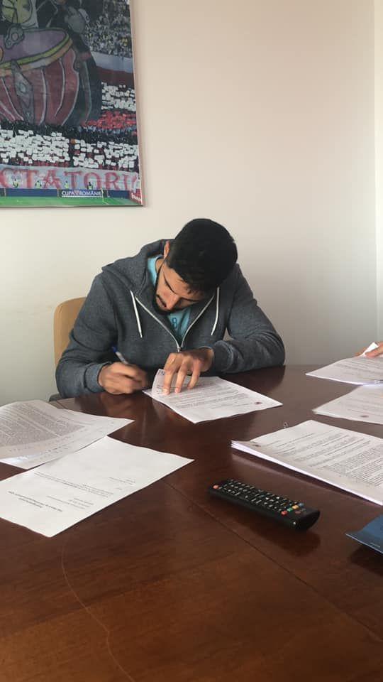 Dinamo a mai facut un transfer: Rednic si-a luat fundas central crescut de