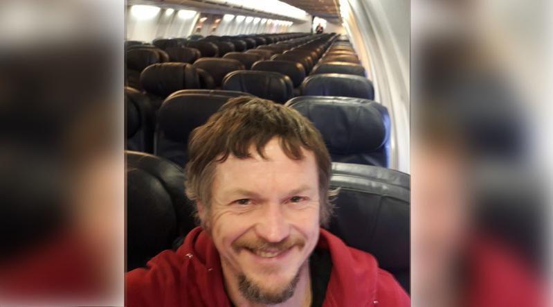 Ce s-a intamplat cu barbatul care a fost singurul pasager la bordul unui Boeing 737. Ce i-au spus stewardesele
