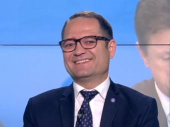 S-a rezolvat misterul! :)) Ministrul Sportului a vorbit in premiera despre celebra 'doamna Pescaru'!