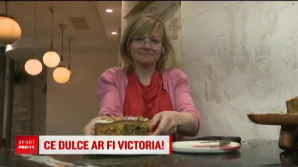 FRANTA - ROMANIA FED CUP   Surpriza unei romance din Paris pentru Halep si echipa! Fetele vor fi premiate: bulzul Simona si prajitura Irina nu lipsesc din meniu