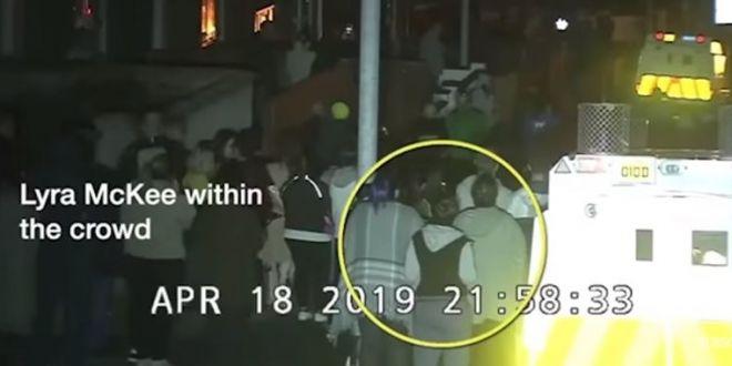 Momentul in care o jurnalista este IMPUSCATA MORTAL intr-un incident terorist. VIDEO