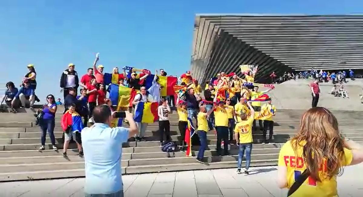 Nici la fotbal nu a fost asa! Atmosfera incendiara pregatita de fanii romani | VIDEO