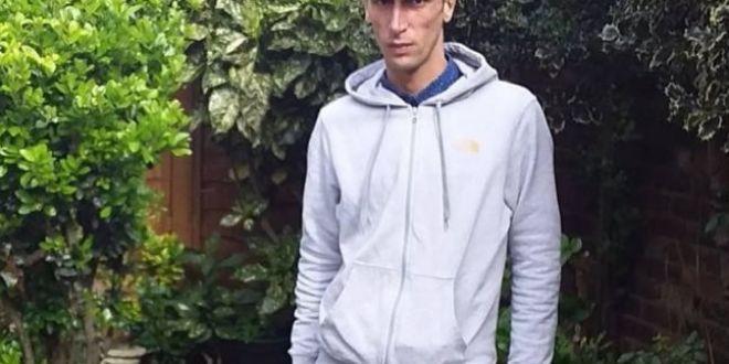 Tanarul care l-a huiduit pe Dragnea la Suceava acuza ca a fost batut