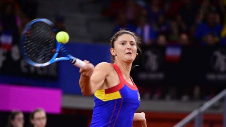 Pauline Parmentier - Irina Begu 6-3, 2-6, 6-2! Begu s-a accidentat grav la glezna si a incheiat meciul intr-un picior! Partida se decide in meciul de dublu!