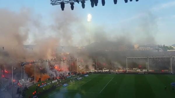 Atmosfera nebuna la Salonic, inainte de meciul de titlu al lui PAOK