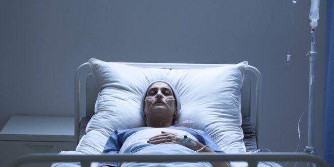 O femeie s-a trezit din coma dupa 27 de ani. Primul lucru pe care l-a zis