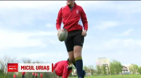 """Are 2 metri si 100 de kilograme la 14 ani! Viitorul star al nationalei Romaniei de rugby: """"Vreau sa ajung mare!"""""""