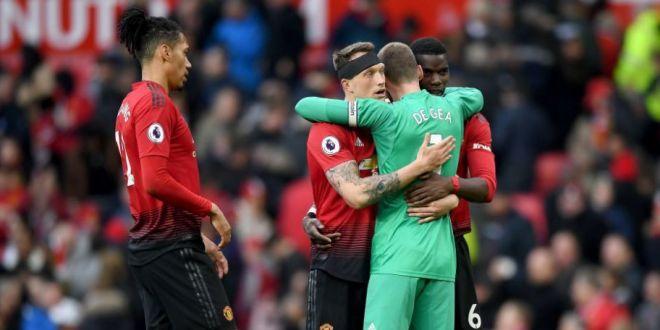 Le-a spus colegilor ca pleaca la Real Madrid!  Anunt BOMBA in vestiarul lui Man United chiar inaintea derby-ului cu City! Decizia luata de club