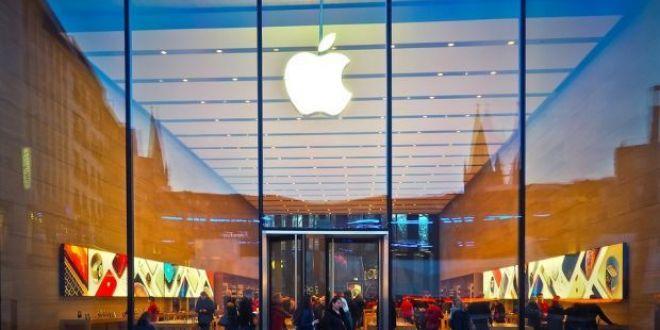 Un student da in judecata Apple si cere daune de 1 miliard de dolari! Ce-a patit