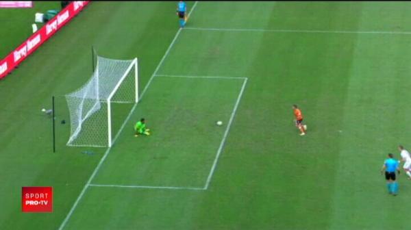Modul UNIC in care a batut acest jucator un penalty! A transformat PANENKA intr-o alta executie