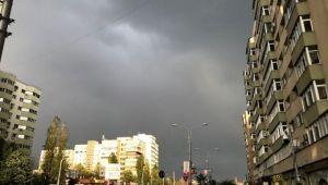 Vin ploile in aproape toata tara. Cod galben de furtuni si ploi torentiale in anumite zone