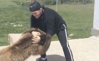 Khabib, omul care l-a RAPUS pe McGregor, s-a luptat cu un urs! Imagini scandaloase: animalul era LEGAT. VIDEO