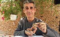 Un oltean ii are la masa de Paste pe Hagi, Mitrita, Alibec si Halep. Le-a desenat caricaturile pe ouale de Paste