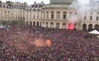 Imagini FA-BU-LOA-SE de la Rennes dupa ce au invins PSG in finala Cupei! Zeci de mii de fani au preluat salutul islandezilor! VIDEO