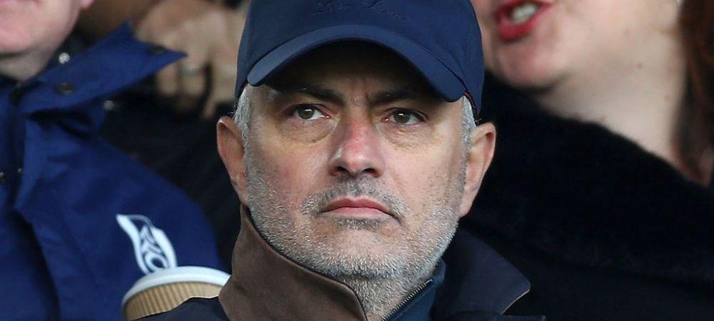 """""""Ma doare sa spun asta, dar e vina lui!"""" Mourinho il ataca pe antrenorul lui Ajax! Cei doi se lupta pentru postul de antrenor la o super-echipa"""