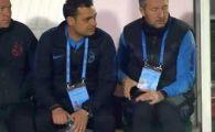 MOMENT INCREDIBIL pe banca FCSB! MM Stoica si-a scos telefonul si i l-a aratat lui Teja: antrenorul s-a ridicat imediat de pe banca si a mers la unul dintre jucatorii renegati de Becali