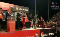 CFR CAMPIOANA | Noi n-ajungem in Liga, asa ca am FURAT trofeul! :)) Cum arata cupa primita de CFR Cluj pentru titlu