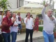 Momente INCREDIBILE la banchetul Craiovei! Patronul Rotaru, in prim-plan! A injurat Steaua, Dinamo si Rapid alaturi de jucatori!