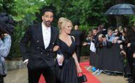 Pamela Anderson si Adil Rami, aparitie de senzatie la Gala Fotbalului Francez! La 51 de ani, blonda a atras toate privirile cu aparitia sa: VIDEO