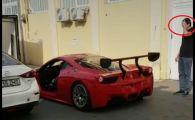 Cu Ferrari la Bucuresti: momentul in care bolidul de sute de mii euro e lovit direct in usa. VIDEO