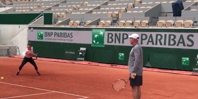 Simona Halep, primul antrenament la Roland Garros:  Campioana e in forma buna  VIDEO