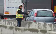 Soferi dati jos de la volan si obligati sa se uite la victima unui accident mortal, in Germania. VIDEO